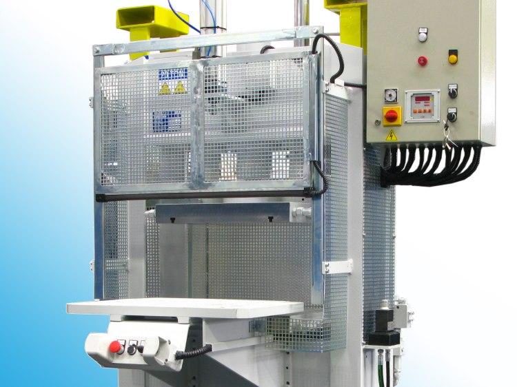 Pressa elettroidraulica per collaudo componenti