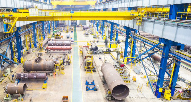 Équipement pour l'industrie - presses hydrauliques, cintreuses, grues hydrauliques à chariot, chariots et établis de travail