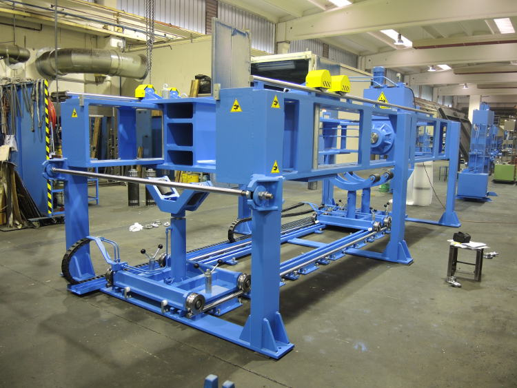 Horizontal press 200 ton